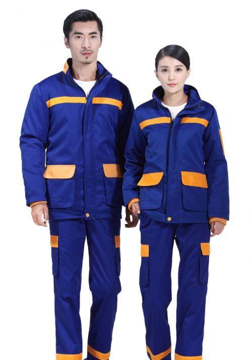 """定做工作服制服是企业文化的""""时装"""""""